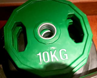 disco 10 kg pesa olimpica de caucho con asas