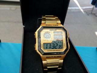 Reloj digital dorado tipo casio ae 1200 james bond