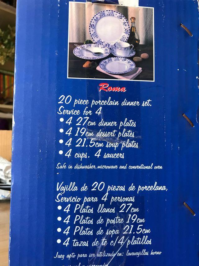 12 platos llanos grandes SIN ESTRENAR
