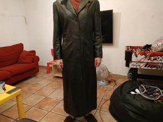 chaquetón largo de cuero