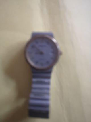 reloj de mano radiant quertz