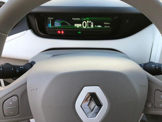 Renault ZOE LIFE 40 92CV - BATERIA EN PROPIEDAD