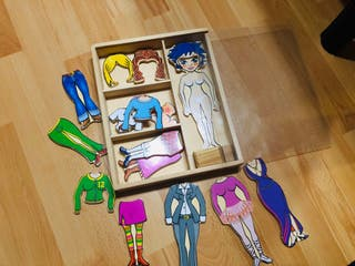 Juego madera muñeca