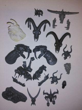 Cráneos aves y piezas Warhammer Fantasy