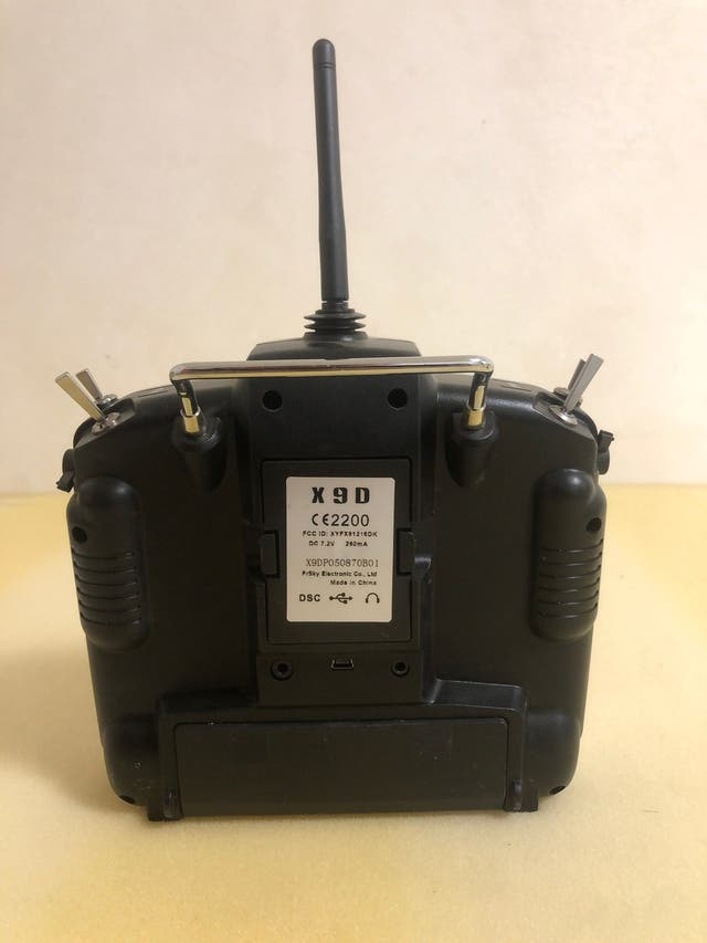 Controladora rc/drone Taranis X9d