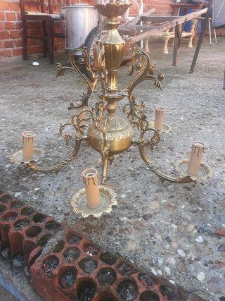 vendo lámpara antigua de laton