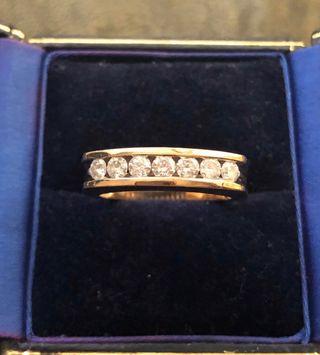Big & heavy 9k gold DIA Ring
