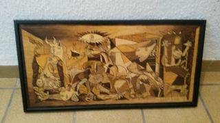 Guernica tallado en madera