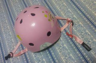 Casco rosa para bicicleta patines perfecto estado