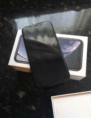 Black I phone XR 246 GB