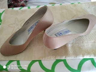 Zapatos forrados de raso