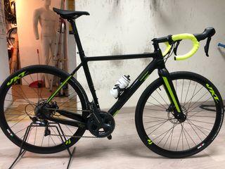 Bicicleta eléctrica carretera