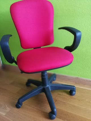 silla escritorio giratoria.