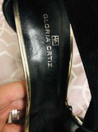 Sandalias nuevas gloria Ortiz
