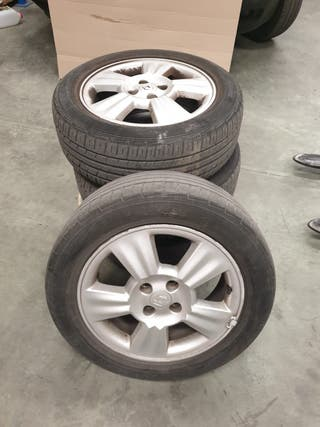 Llantas Renault 4 tornillos