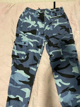 Pantalón tonos militares azules