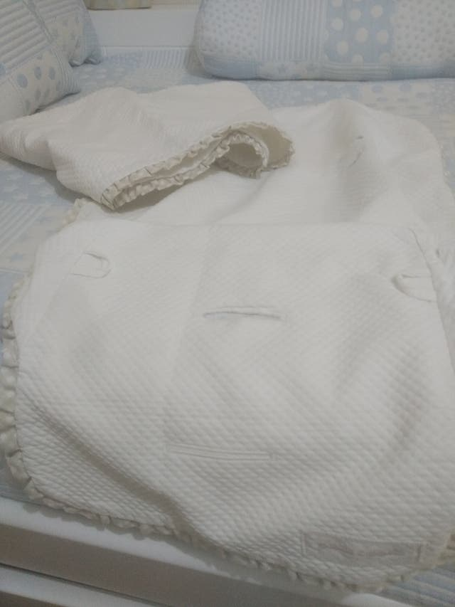 Conjunto capota y cobertor pasito a pasito