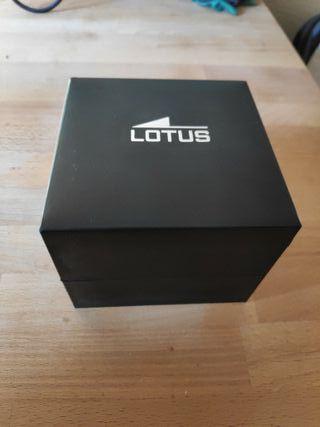 caja reloj lotus impoluta.