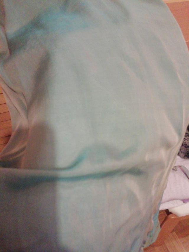 vestido largo azul tornasolado