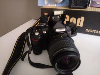 Nikon D3100 camera Reflex con accessoires