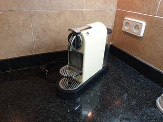 Nespresso Delonghi Citiz EN165.CW