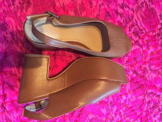 Zapato piel marrón con platadormq. 38