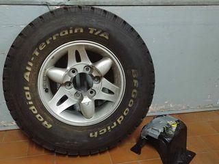 """Neumático BFGoodrich All Terrain 30x9,50 15"""" 104Q"""