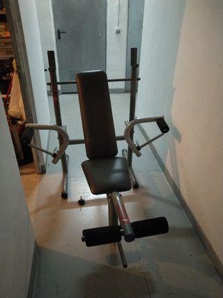 Banco musculación + juego de pesas