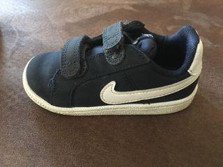 Zapatillas Nike de segunda mano por 15 € en Torrejón de