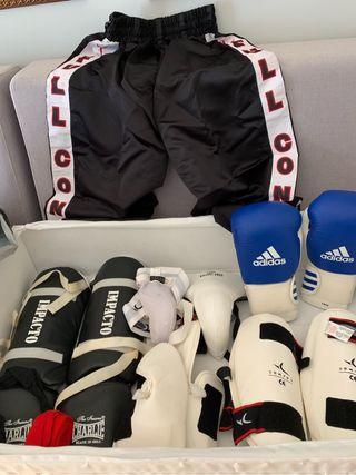 Equipacion Kick Boxing