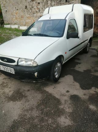 Ford Transit Courier 1999
