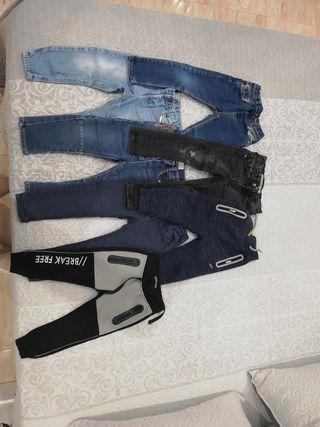 5 pantalones baqueros talla 2 a 3 años y 2 chanda