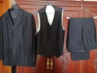 traje de vestir Emidio Tucci talla 56