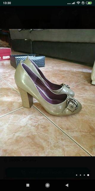 zapatos nuevos 40