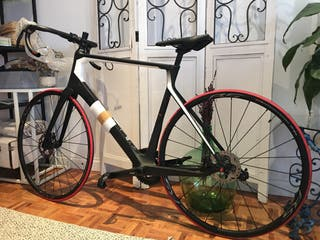 Bicicleta Cube Agree C62 Disc talla 60