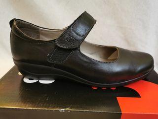 Zapatos negros piel cómodos