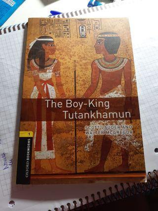 the boy king tutankamon