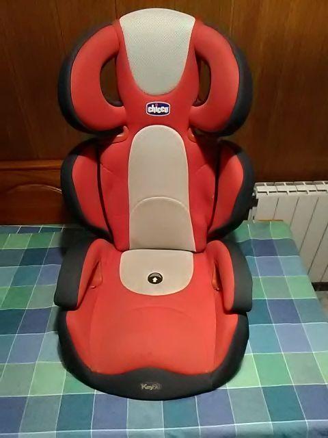 silla de coche. chicco