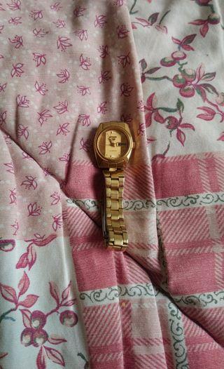reloj seiko dorado automático