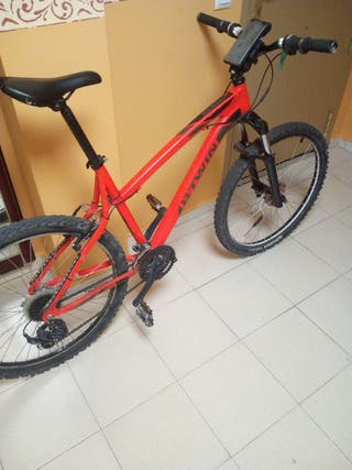 BTWIN 340 CON LUCES LED RGB