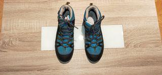 botas de montaña Decathlon talla 37