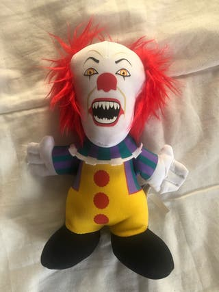 Peluche oficial IT pennywise