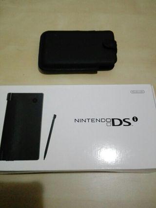Nintendo DSi negra con caja original