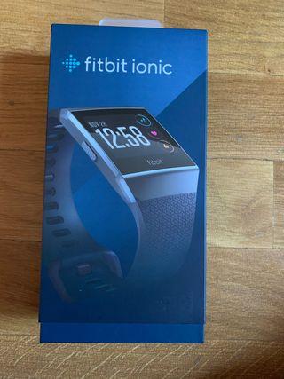 Vendo reloj Fitbit ionic de 250€
