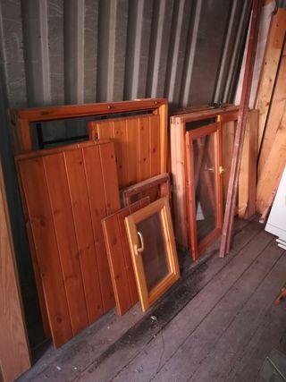 contraventanas de madera. ventanas madera
