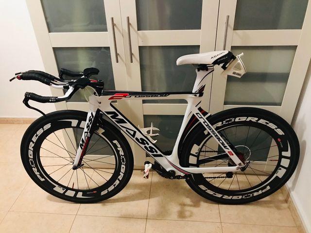 Bicicleta triatlon contrareloj