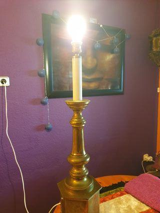 lámpara latón antigüedad