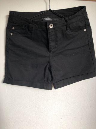 Shorts nuevos talla 38 negros