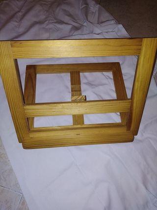 atril de madera regula en altura y plegable