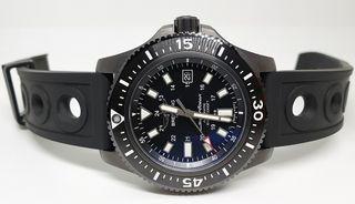 Reloj Breitling Superocean 44 Special Blacksteel